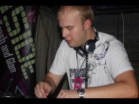 TranceDesigner pres. EnMass feat. Cari Golden - So Please ( Alexander Popov Remix )