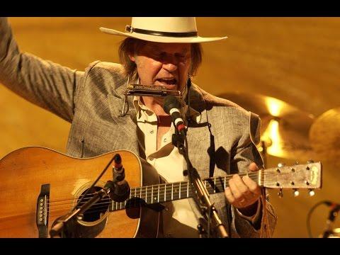 Neil Young - Heart of Gold [HD & Lyrics]