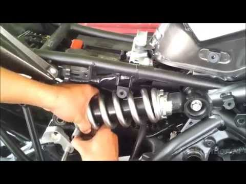 Kawasaki Versys Motowerk lowering kit installation