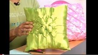 Repeat youtube video Flor de Tailandia (Cojines Drapeados) cierre - P45 - parte 3/3