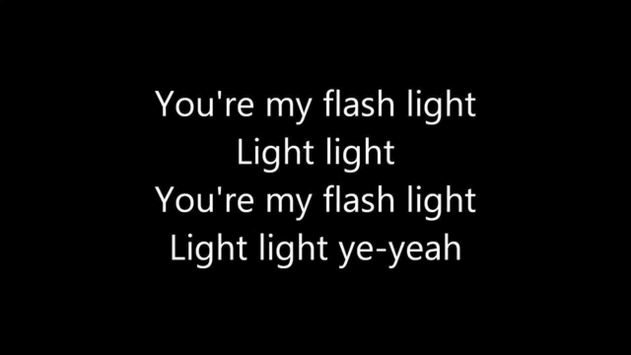 Image Result For Jessie J Flashlight From Pitch Perfect Youtube