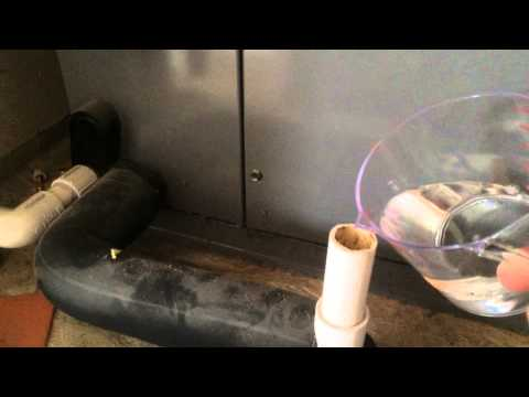 How to clean the condensation line of the AC Unit