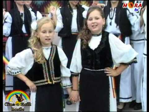 DIANA si ANDREEA JOLDES - Noi cantam la toti cu drag