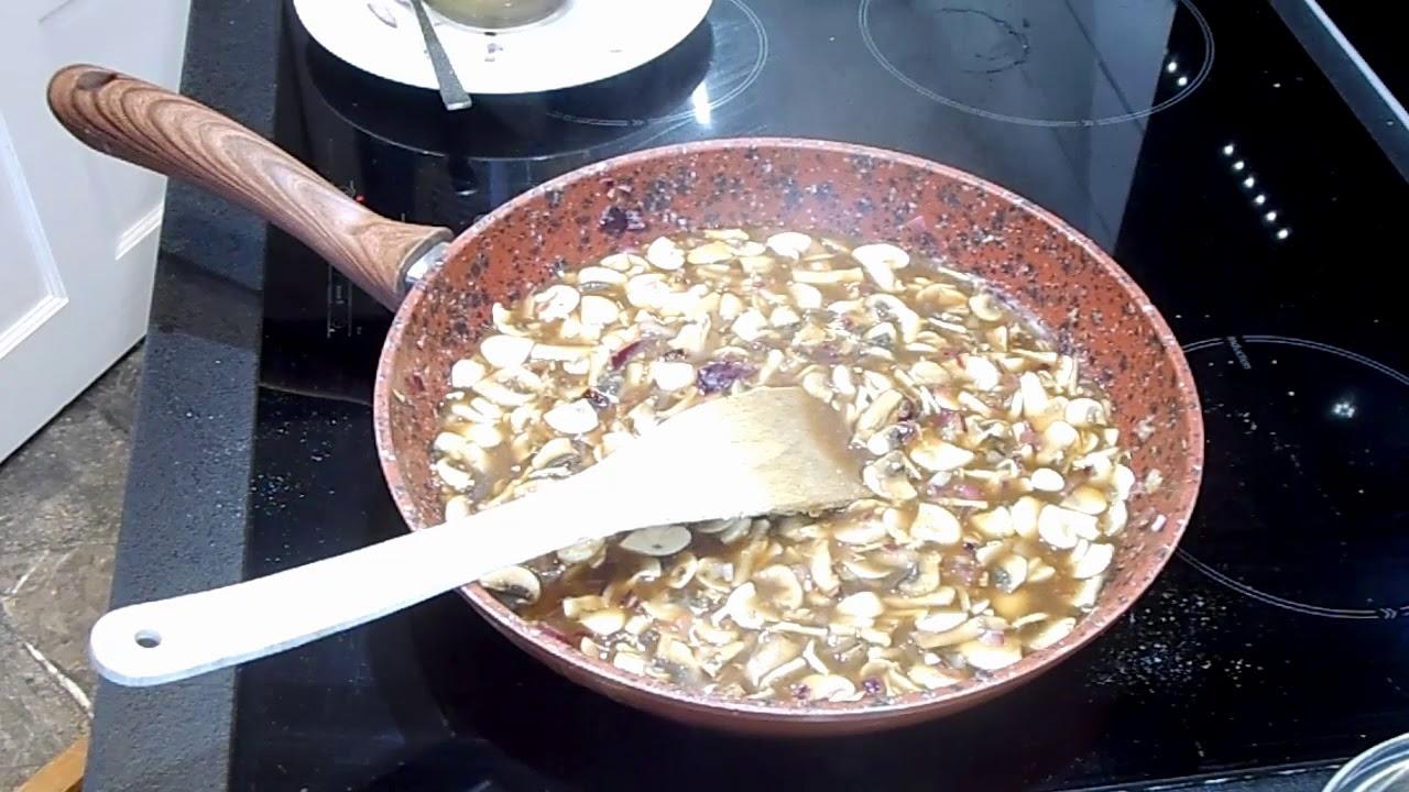 Pinch Of Nom Creamy Garlic Chicken