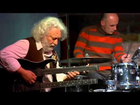 SARP MADEN / TELVIN TRIO - Jazzmix Festival à Istanbul - 19 février 2011 au ALT