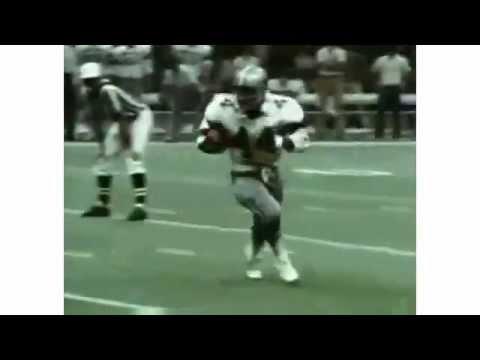 1977 Dallas Cowboys Player Golden Richards Scores