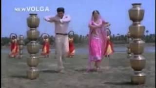 Shobhan Babu & Sridevi in Ellu Vachi Godaramma - Devatha.avi