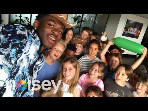 Cole - Lil Nas X Gets Interviewed......By Kids.