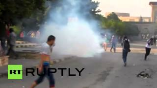 Egypt: Tear gas and rocks exchanged outside Al-Azhar University