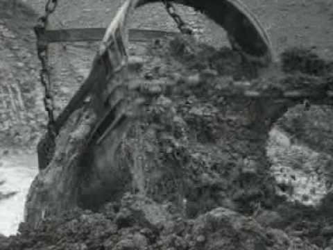 Bouwwerkzaamheden stuwdam Afobaka (1963)