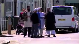 Sunni Muslims kick Deobandi hate cleric Anjem Choudary out of their mosque
