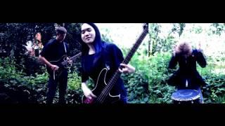 Raz - Candle Light Official Music Video
