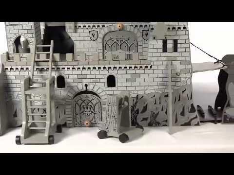 Toys R Us - Imaginarium - Medieval Castle