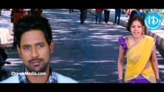 Priyathama Neevachata Kushalama Movie - Komal Jha, Varun Sandesh Nice Scene