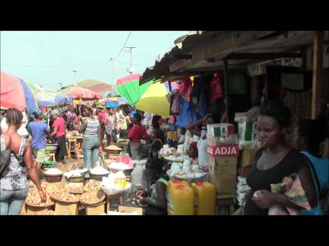 A Trip Through a Market in Makeni, Sierra Leone