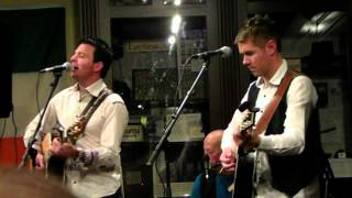 Ryan Kelly & Neil Byrne - Acoustic By Candlelight - American Dream