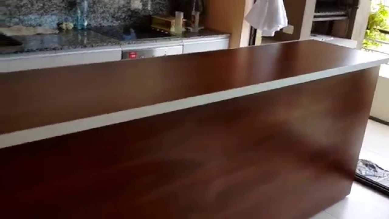 Isla barra desayunador separador de cocina remodelamos for Islas de cocina y camareras