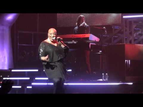 "Frenchie Davis - The Voice On Tour (Live) @ Oakdale - ""When Love Takes Over"""