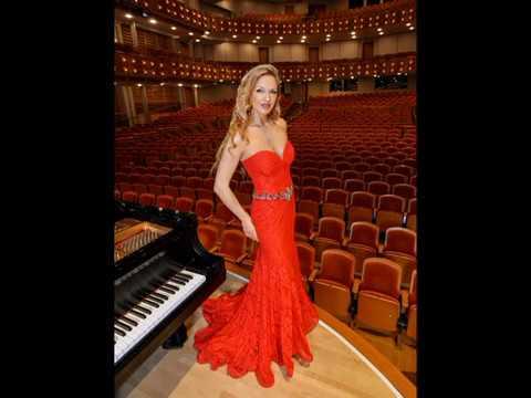 """Bizet -Horowitz """"Carmen """" Variations """" / Svetlana Smolina , piano"""