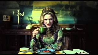 Dark Shadows - Trailer