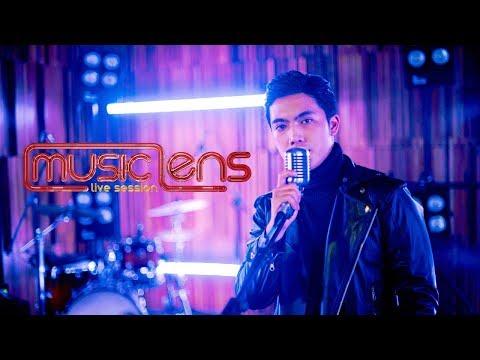 Download  Aldwin Dinata – Jikalau Kau Cinta Lens Live Session Gratis, download lagu terbaru