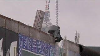Berlino, mobilitazione contro abbattimento di parte del Muro