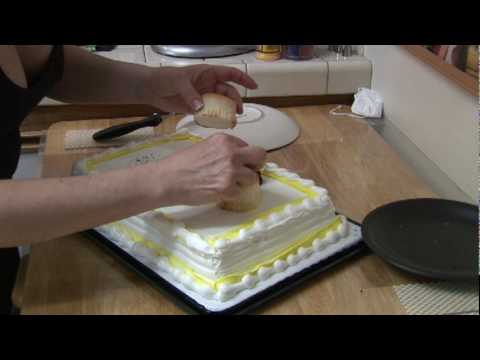 Cake Decorating : Decorating Ideas for Sheet Cakes - YouTube