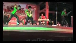 Video 2012 band kotabaru kal-sel - cinta gila (ungu cover ) download MP3, 3GP, MP4, WEBM, AVI, FLV Oktober 2017