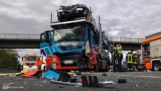 Schwerer LKW-Unfall an Stauende mit Luxus-Autozug | Autobahn A3 Kreuz Köln-Ost
