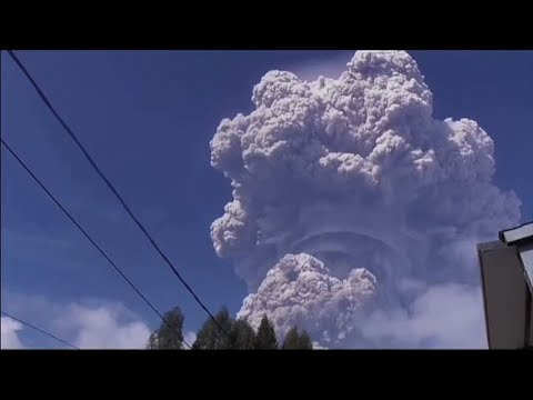 Free Download Raw: Indonesian Volcano Blasts Out Tower Of Ash Mp3 dan Mp4