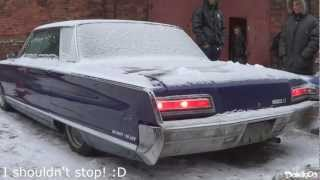 How long does it take to start up and warm up a 1966s Chrysler Imperial Newport in Russian winter?