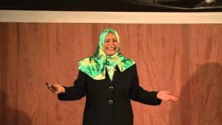 نصف القمر - كيف نجد شريك حياة مناسب؟   إنتصار كمال الدين   TEDxKhartoum