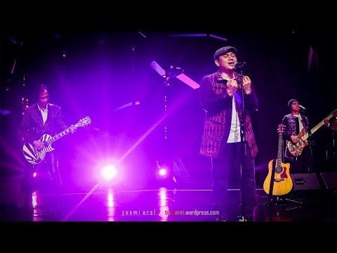 Padi - Hitam l Mega Konser PADI Reborn RCTI 2017