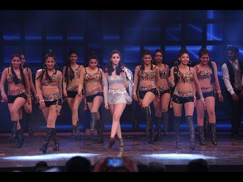 Alia Bhatt Live performance in MISS INDIA FINALE || Femina Miss India 2017