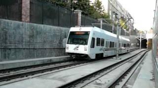 VTA light rail サンノゼ・ライトレール ディリドン駅到着