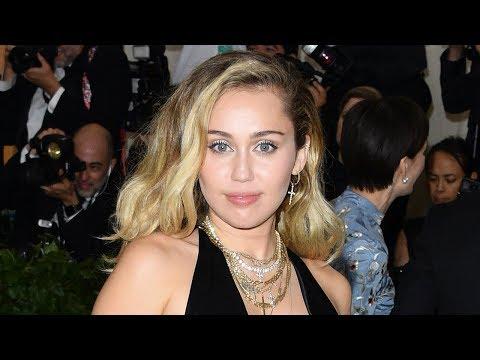 ¡Miley Cyrus BORRA Todas Sus Fotos de Instagram! ¿Boda o Nueva Álbum?