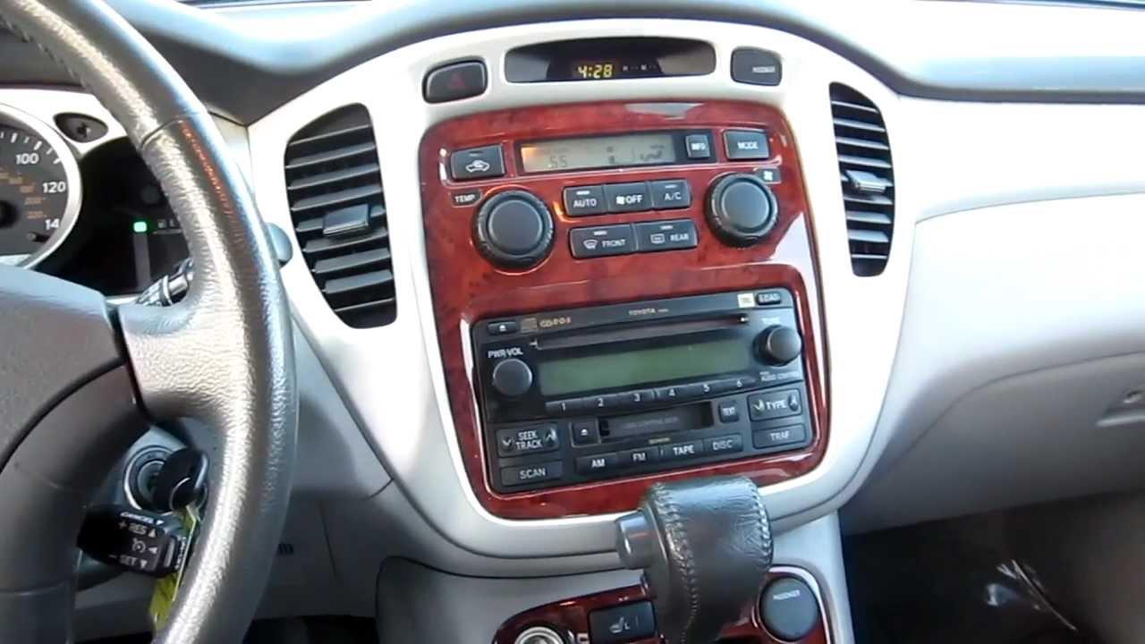 2005 toyota highlander interior