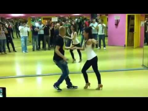 Salsa en linea avanzado Sergio y Noelia