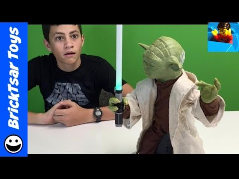 Legendary Master Yoda Animatronic Star Wars Toy Review & Play DEFECTIVE!