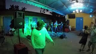 Mueve la Cintura - Comboio live Trinidad, Cuba 8/1-18