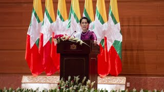Burma: Aung San Suu Kyi says does not fear global 'scrutiny' over Rohingya crisis