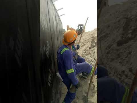 Ang construction boy sa dubai