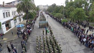 Прохождение сводных парадных расчетов Минобороны Абхазии и российских военнослужащих.