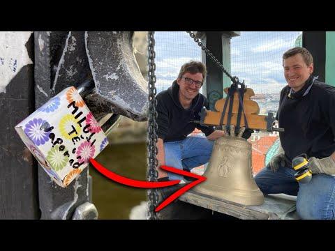 Jak jsme ze zámečků lásky vyrobili nový zvon pro Prahu