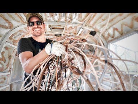 AIRSTREAM RENOVATION: Demolition Continued 😍🚐RV Living, Tiny House Live & Vintage Airstream Argosy