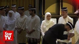 Mukhriz seeks forgiveness from Johor ruler