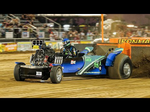 6200 National Super Modified TWD pulling at Benson June 2 2017
