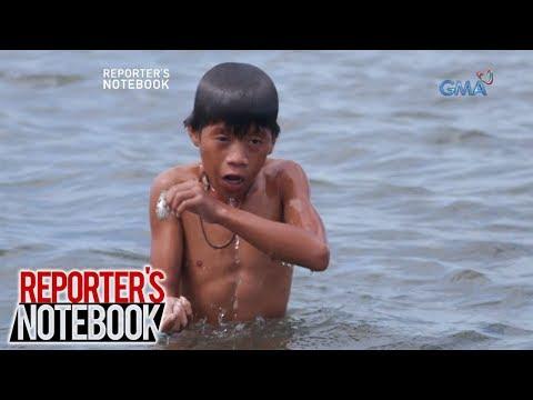 Reporter's Notebook: Ilang mga bata, 'nagkakawag' sa Manila Bay para mabuhay