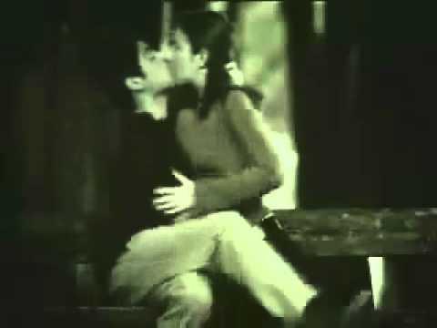 Nụ hôn đầu tiên của bạn có thế này không - ^^