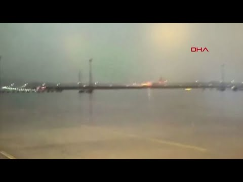 Plane skids off runway and breaks up in Istanbul